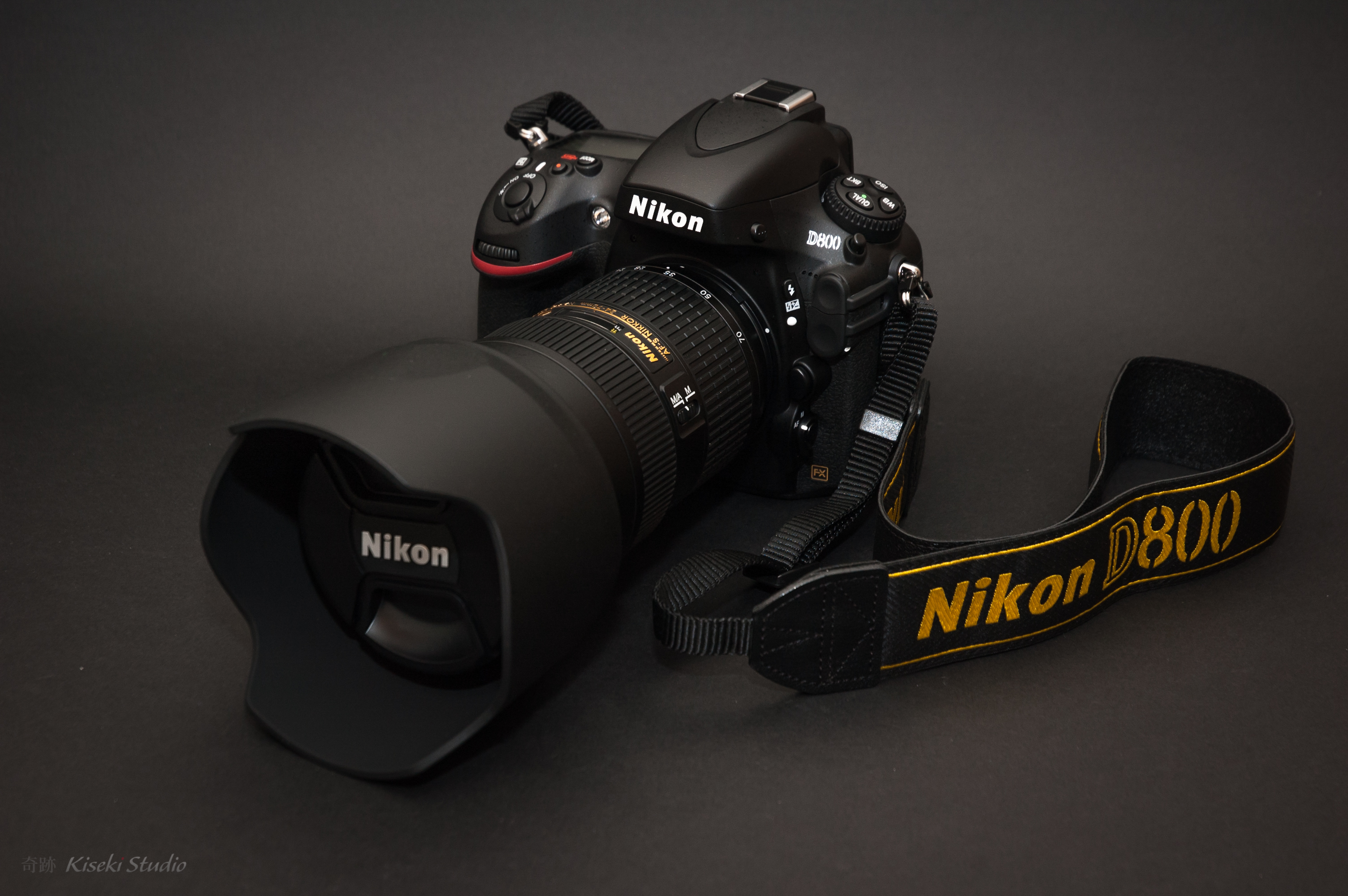 Nikon D800 & Nikon AF-S 24-70mm/2.8G ED