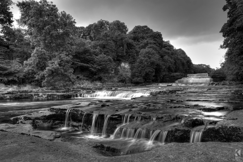 Aysgarth Lower Falls in black and white