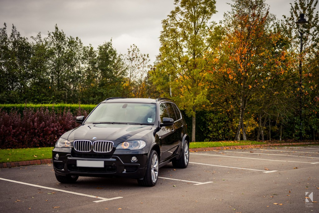 BMW X5 in autumn