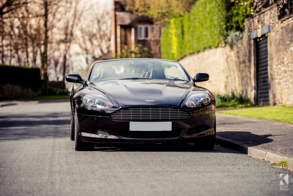 Aston Marting DB9 Volante in Black