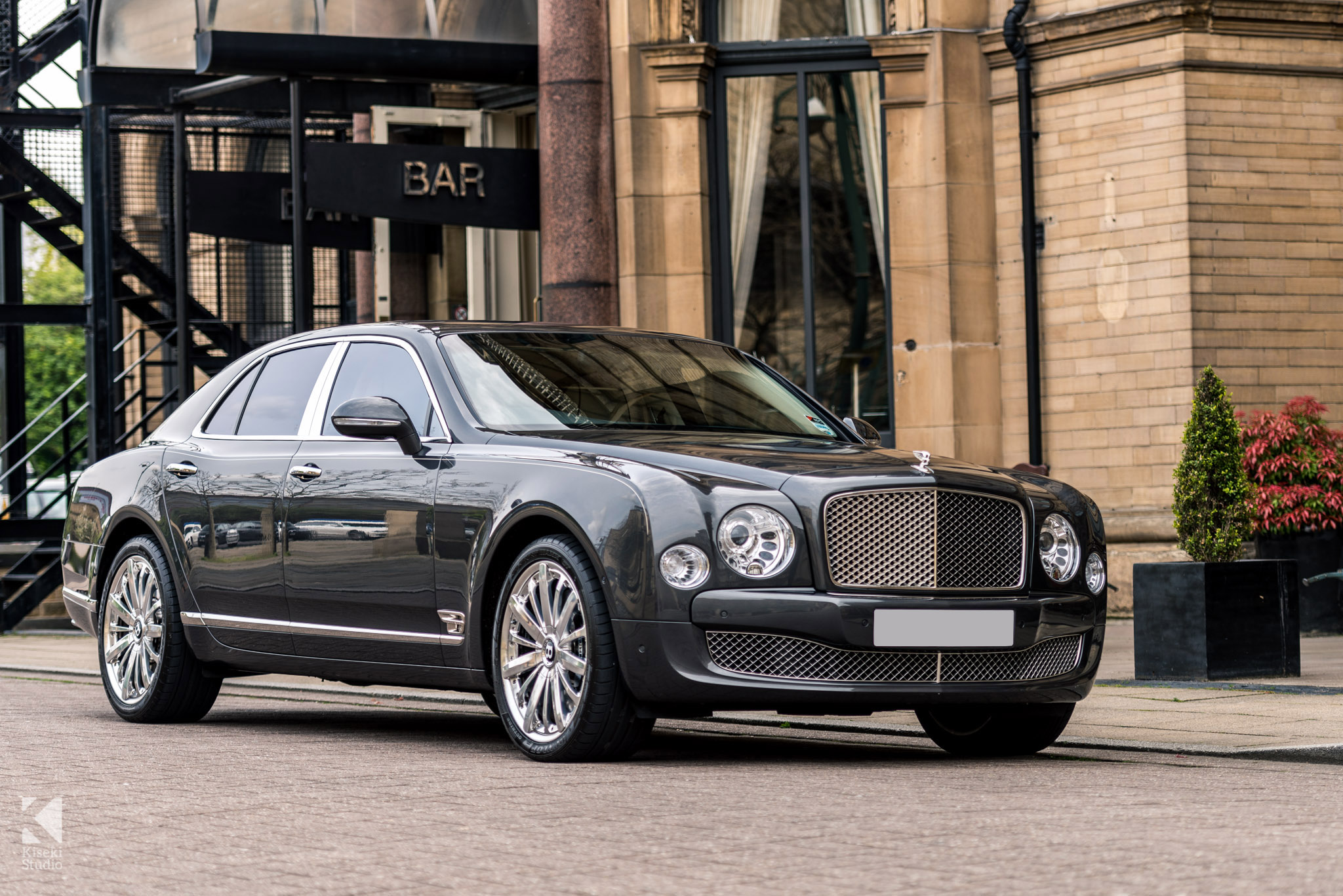 Bentley Mulsanne in grey