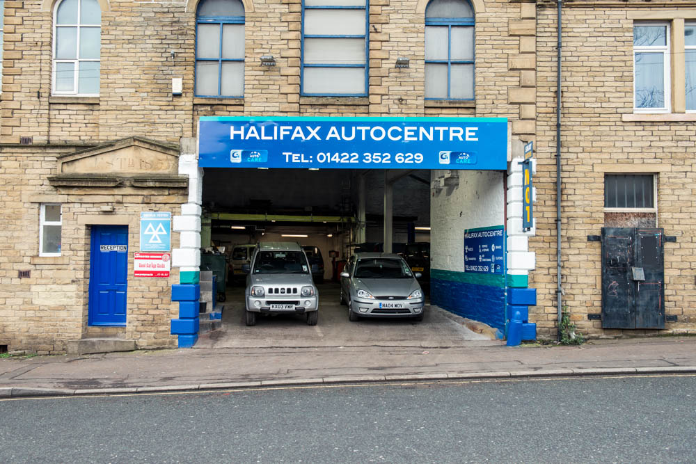 halifax-autocentre-outside