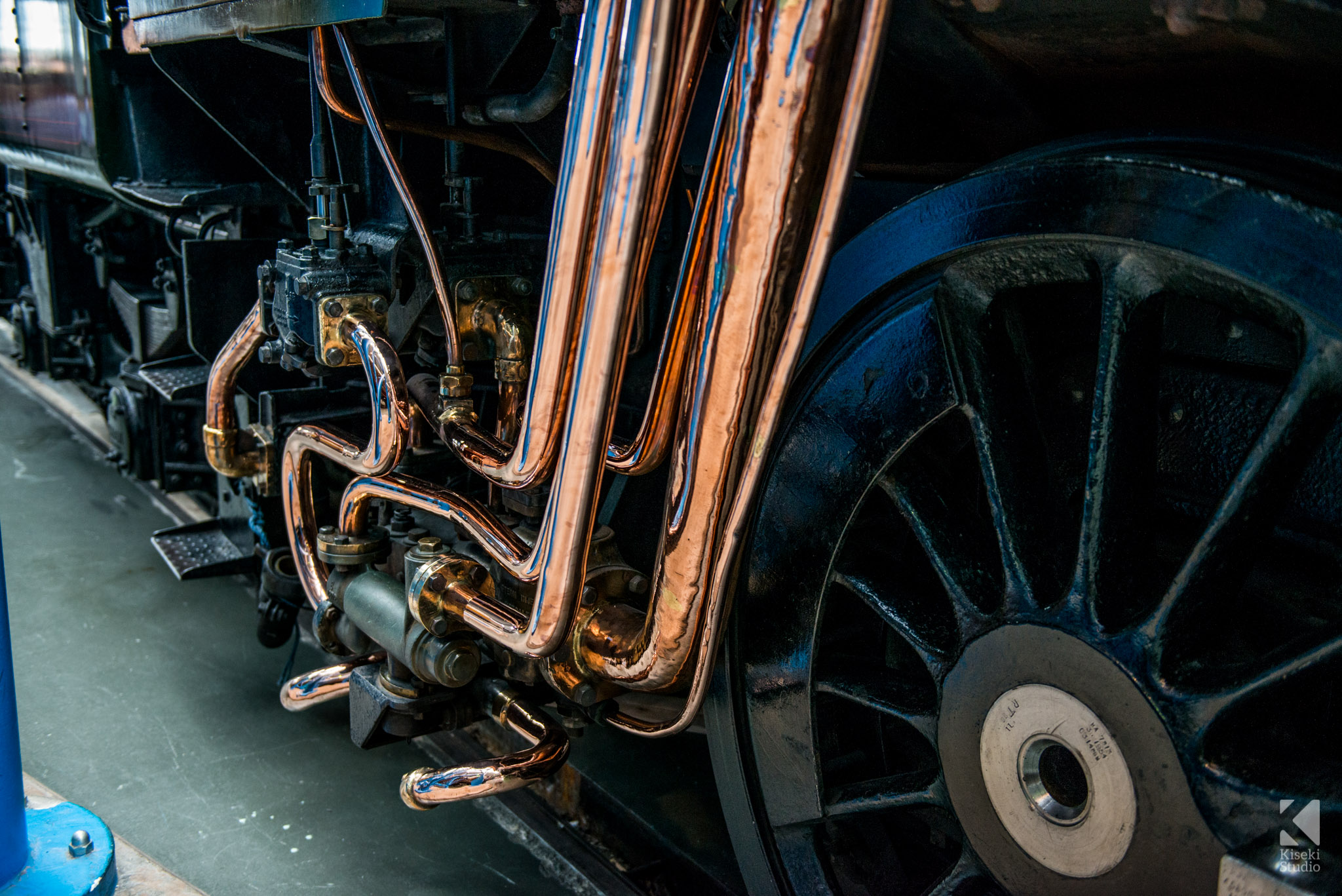 Copper Piping Detail Locomotive
