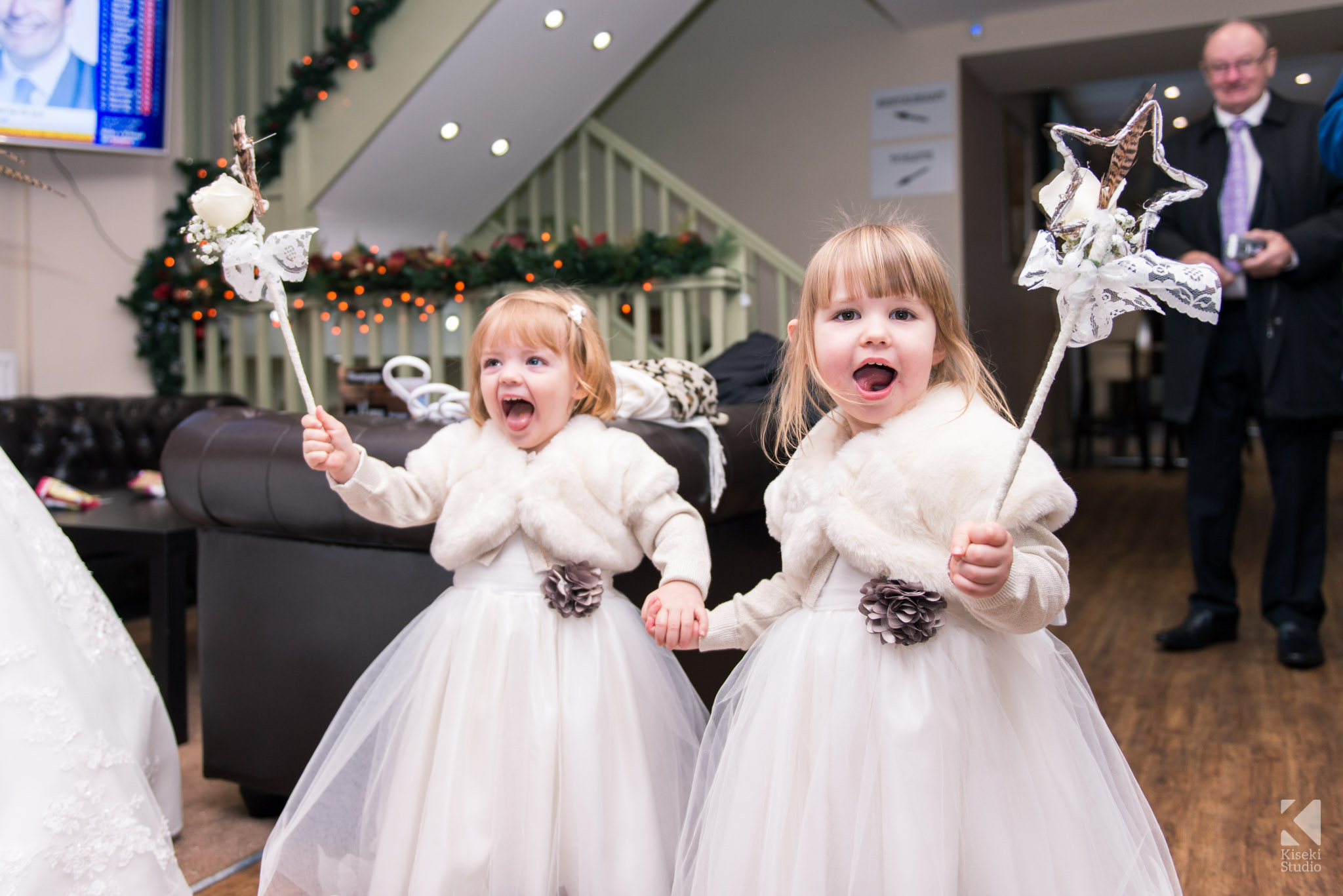 Kids dressed as fairies for the wedding