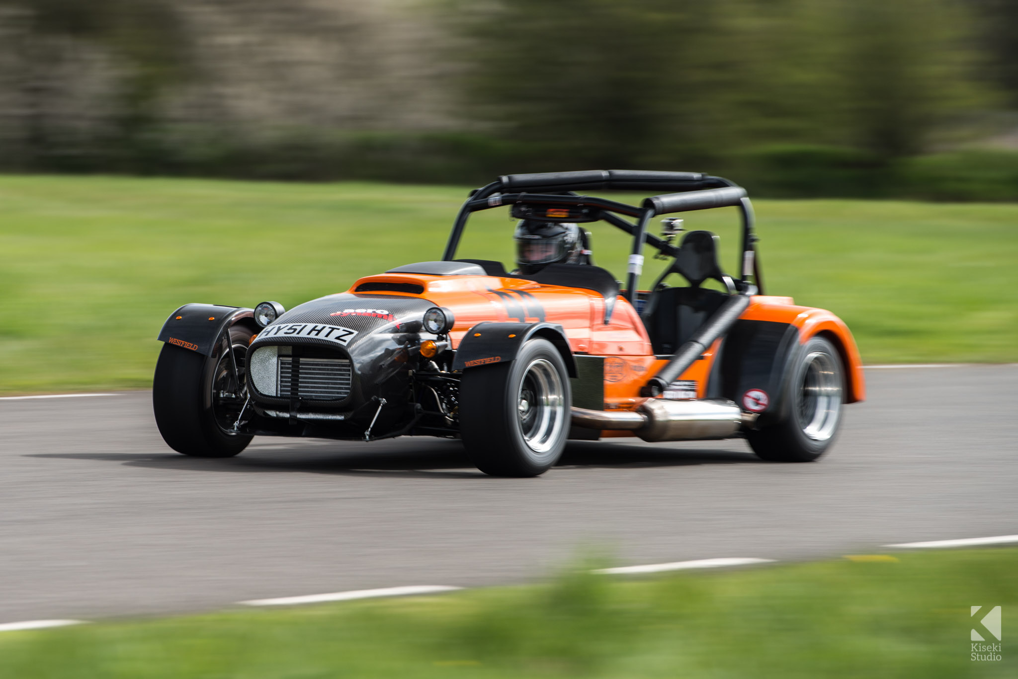 megabusa-westfield-orange-carbon-panning-speed-curborough-sprint-course