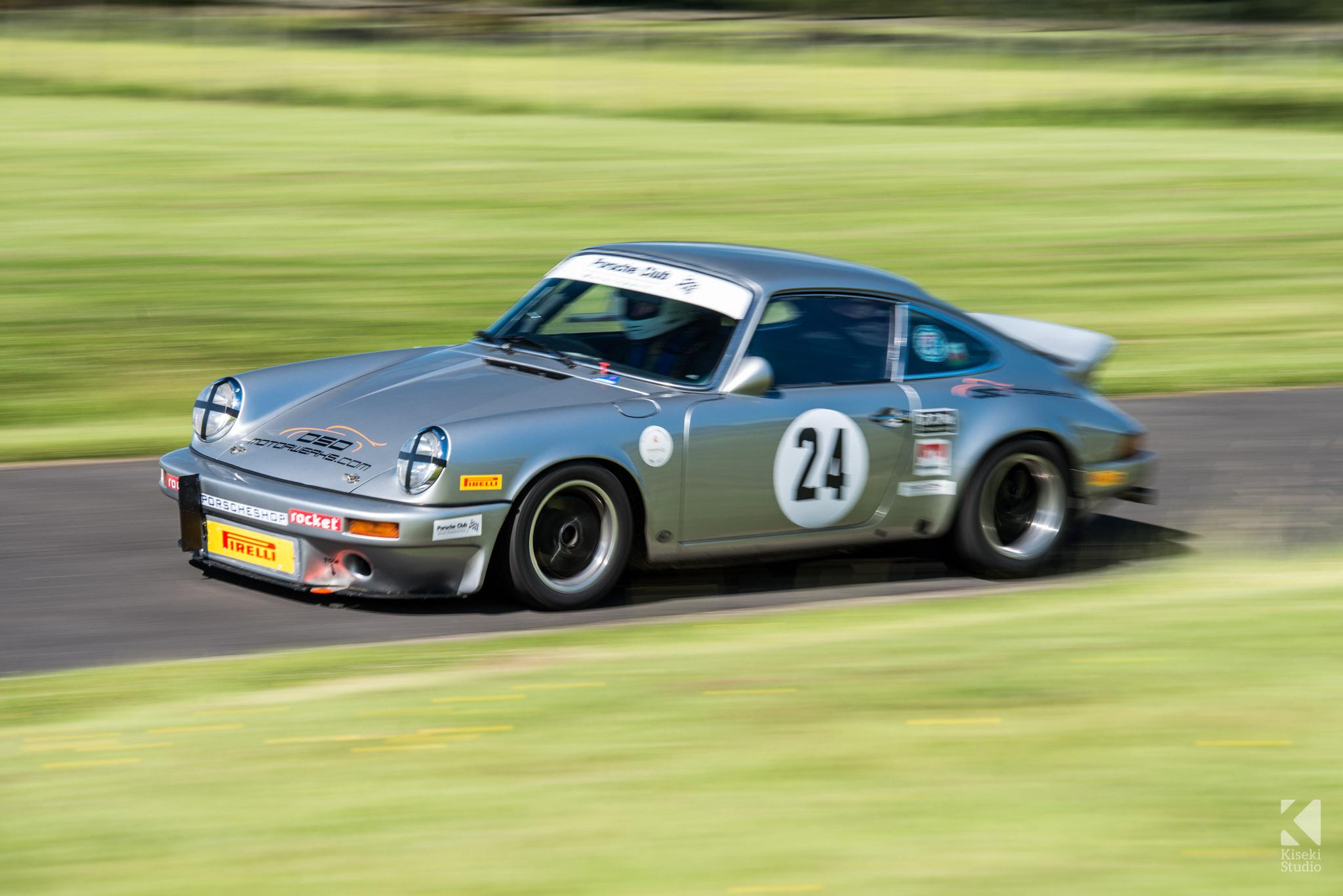 porsche-911-carrera-930-harewood-speed-hillclimb-accelerating