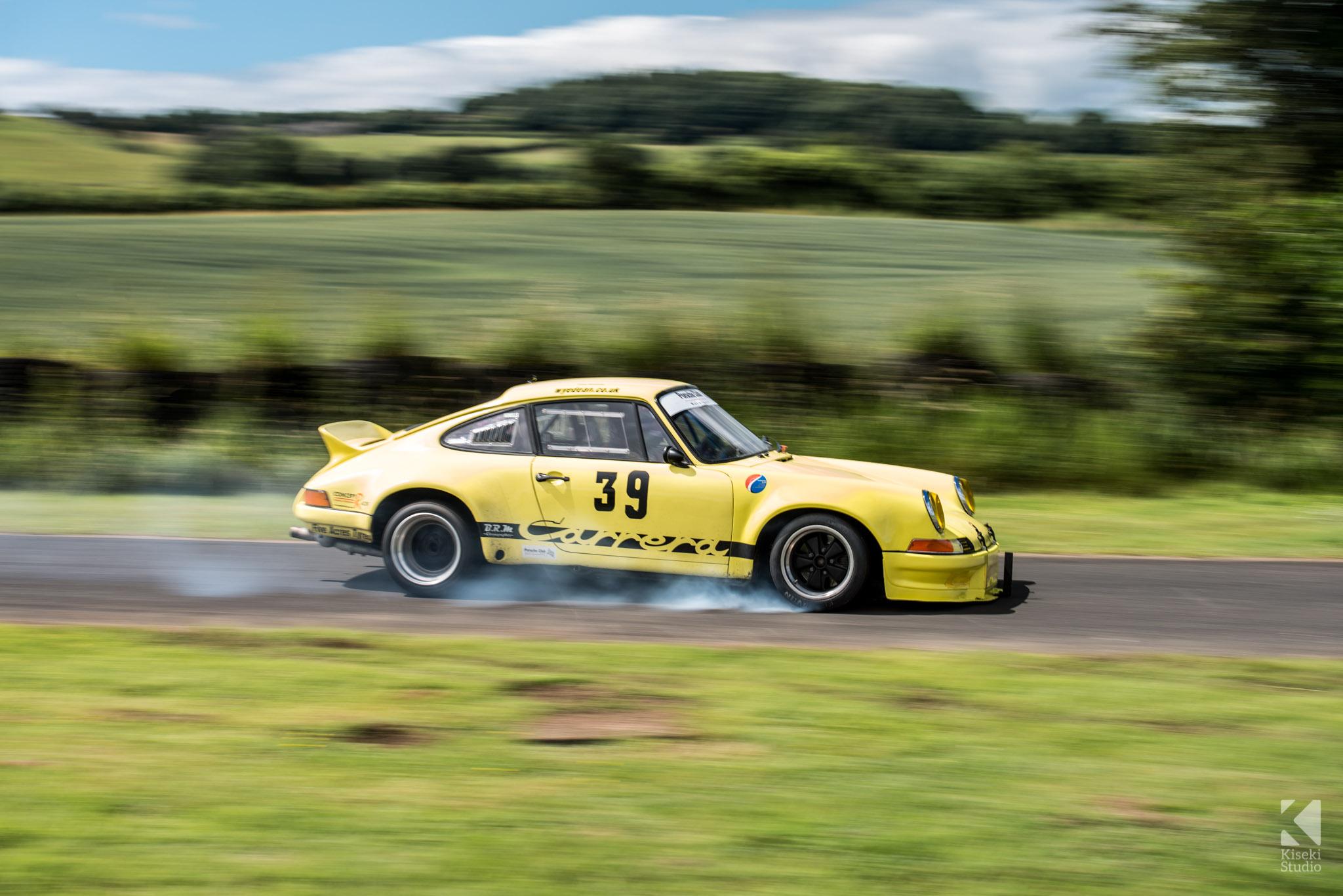 porsche-911-carrera-rs-930-harewood-speed-hillclimb-braking-locked-up