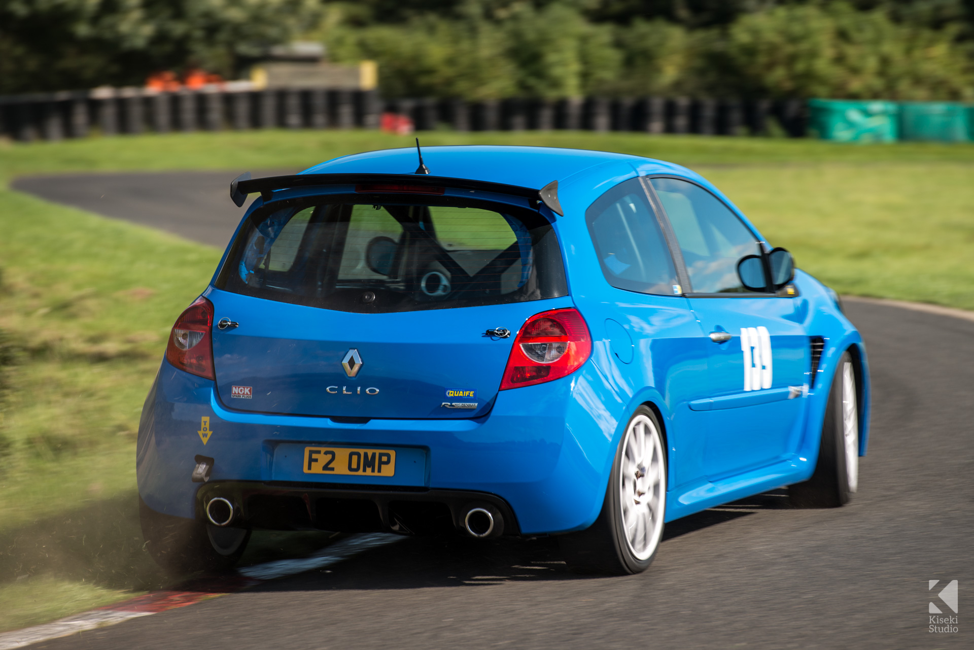 Renault Clio Sport 197 in blue at Harewood